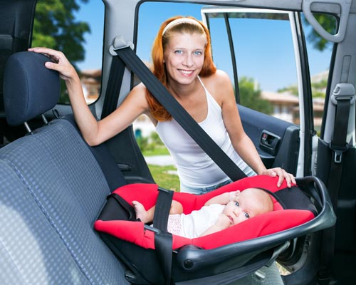 wo ist der ideale platz im auto f r den kindersitz. Black Bedroom Furniture Sets. Home Design Ideas