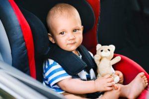 Baby im Auto zurücklassen – Lebensgefahr!