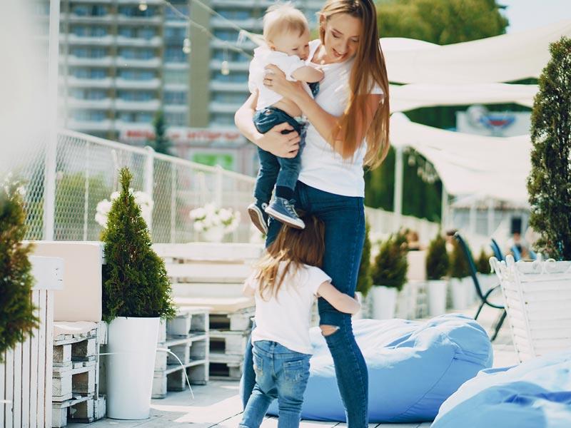 Eifersucht – wenn das ältere Geschwisterkind verrückt spielt
